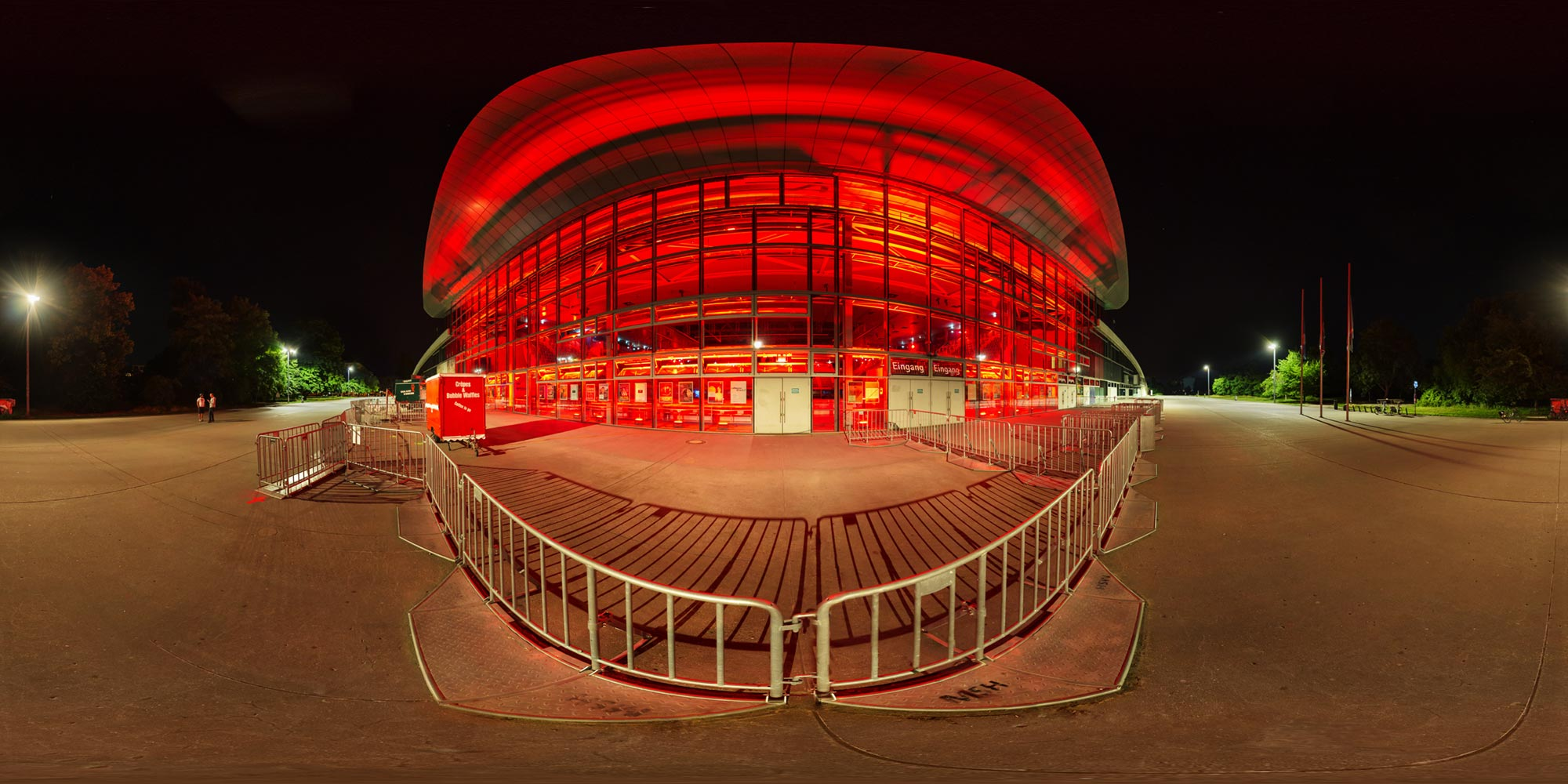 Panorama Berlin Night of Lights 2020 - Max-Schmeling-Halle